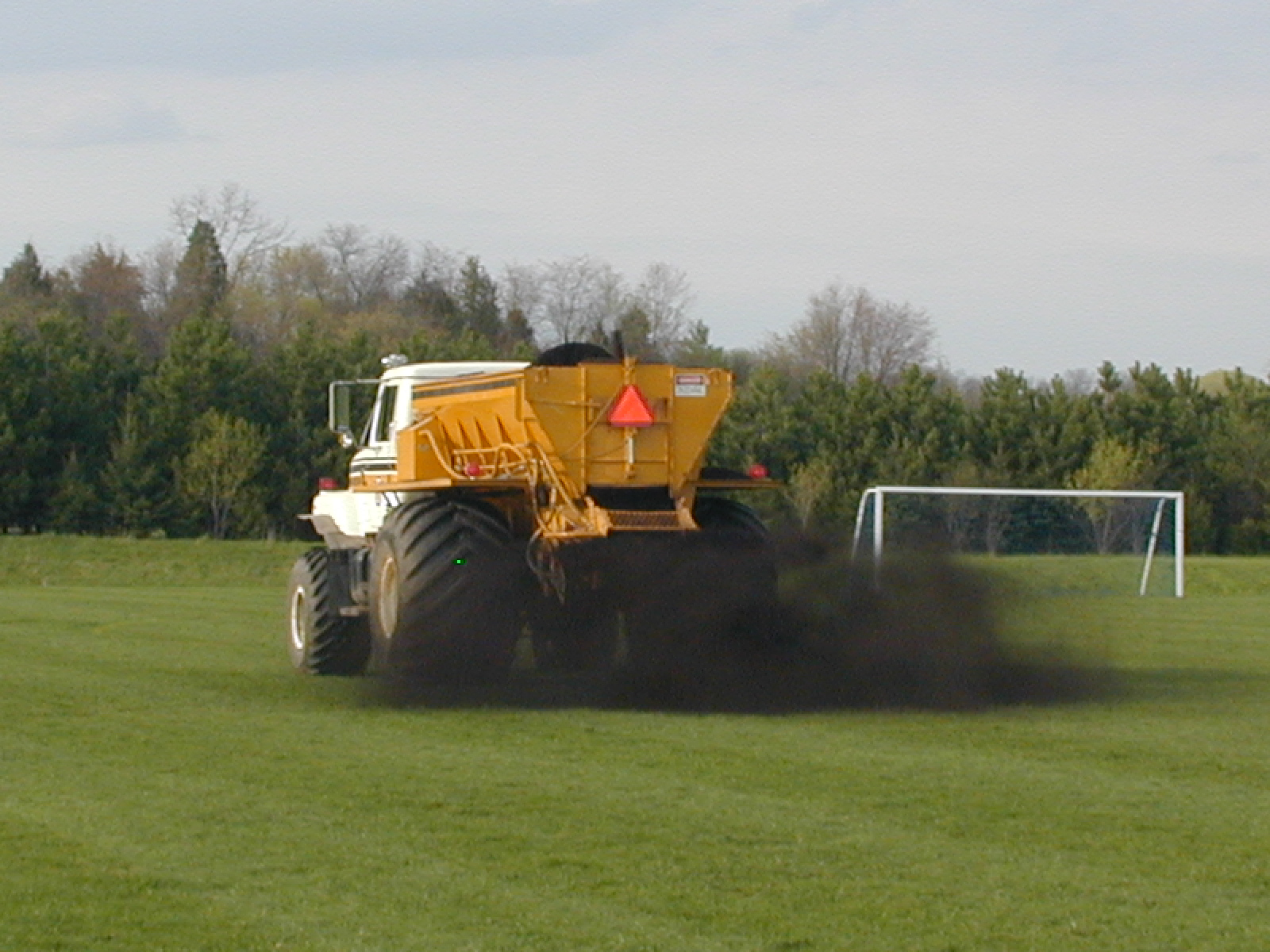 Compost_Soccer_Field_Topdressing